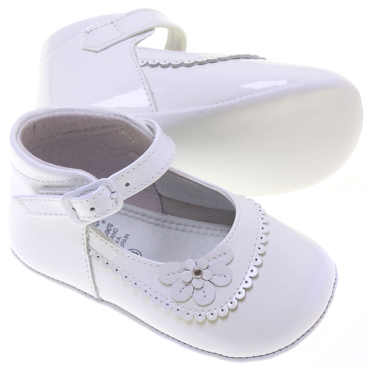 Baby Girls White Patent Shoes Flower Scallop Decoration
