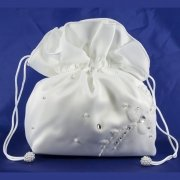White Communion Dolly Bag With Pearl Beads And Diamantes