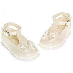 Baby girls ivory patent shoes with satin bow