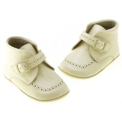 Hand made Spanish baby boys ivory beige leather pram shoes