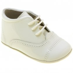 Baby Boys Ivory Oxford Pram Shoes In Patent Leather