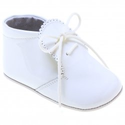 Beautiful Baby Boys Baby White Patent Shoes Scallop Edge