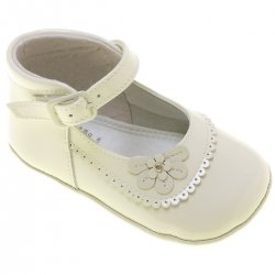Baby Girls Ivory Patent Shoes Flower Scallop Decoration