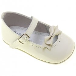 Baby Girls Ivory Patent Shoes Bow Decoration