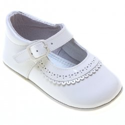 Baby Girls White Patent Leather Pram Shoes With Scallop Frills