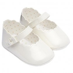Mayoral Baby Girls Ivory Pram Shoes Scallop Pattern Velcro Fasten