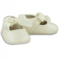 Baby Girls Ivory Faux Leather Ribbon Pram Shoes