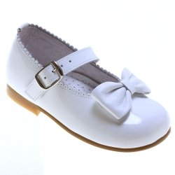 Girls White Patent Mary Jane Shoes Scallop Edge And Bow