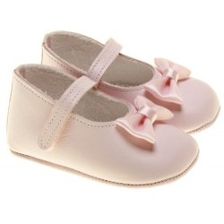 Baby Girls Pink Cuquito Shoes Decorated With Bows