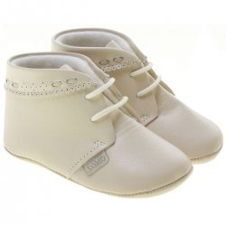 Baby Boys Ivory Shoes By Spanish Cuquito