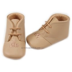 66231 Cuquito Baby boys booties in camel brown
