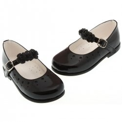 Girls classic Mary Janes black patent shoes with detachable leather flowers