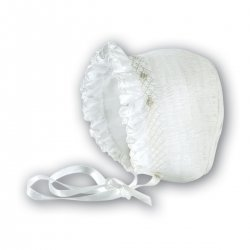 Baby girl bonnet in white