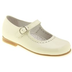 Girls Ivory Shoes In Patent Leather