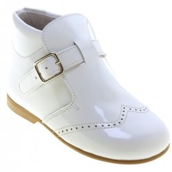 Boys White Boots In Patent Leather Buckle Fastening