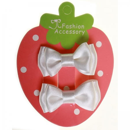 Pair of white hair bow with crocodile clips