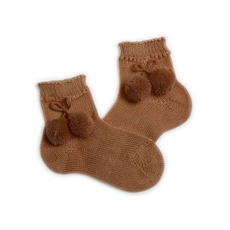 Pom pom socks in light brown