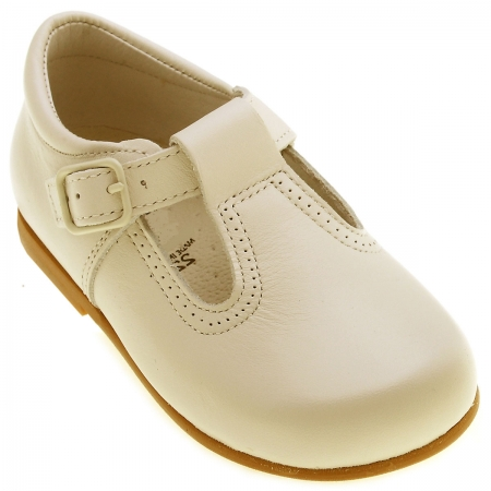 Hand made Spanish baby ivory shoes unisex