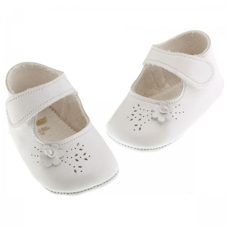 Baby girls soft Cuquito white shoes side flowers