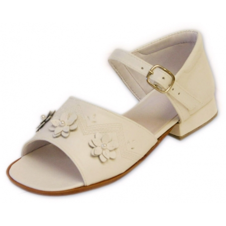 Girl White sandle leather shoes with 3 flowers