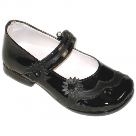 SALE Girls black patent shoes in classic Mary Janes style