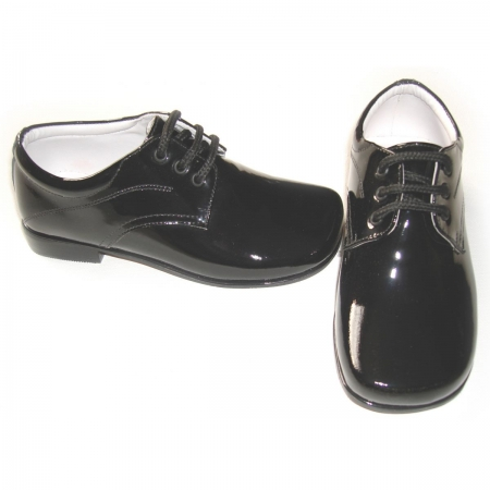 Pretty Originals boys black patent leather shoes