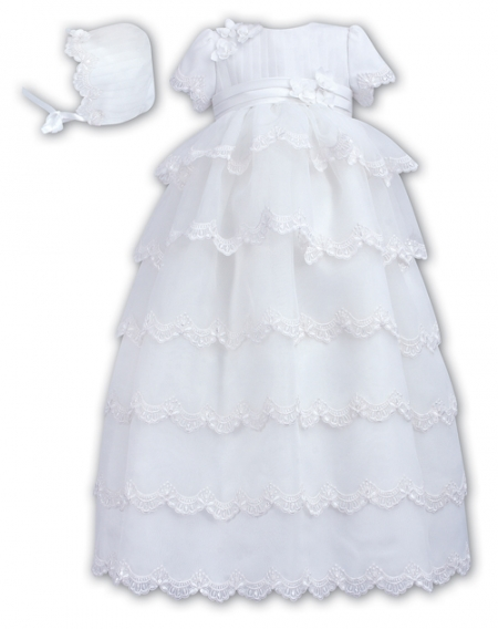 Baby Girls White Christening Robe And Bonnet FREE Keepsake Bag And Free UK Delivery